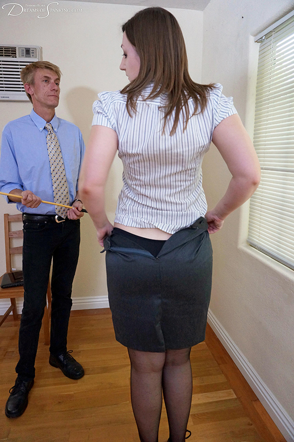 Secretary goes down on a thick black dick 9