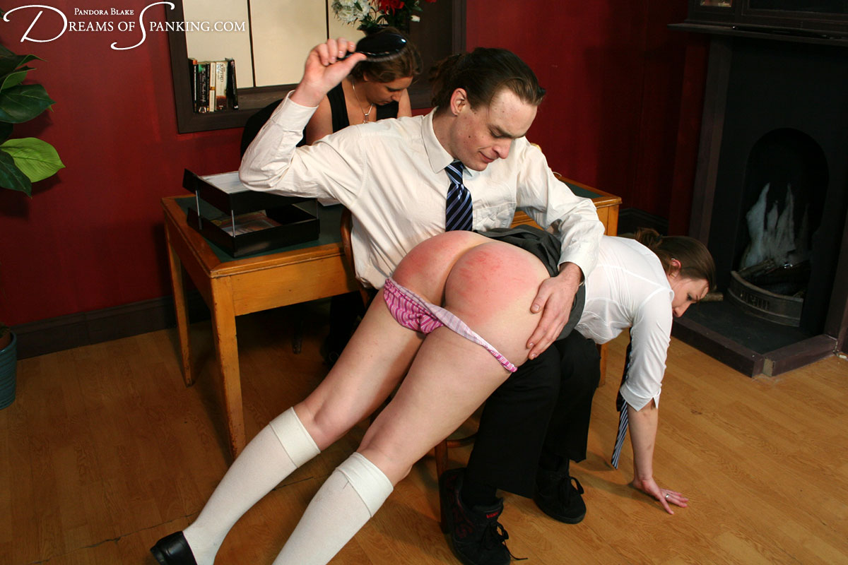 Boy spanking bilder gay hoyt gets a