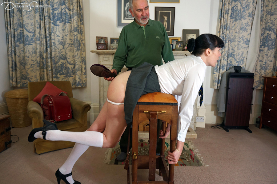 Schoolgirl Molly Malone thrashes her old headmaster at Dreams of Spanking